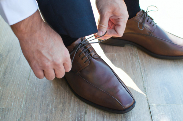 fashionable shoes every man must own