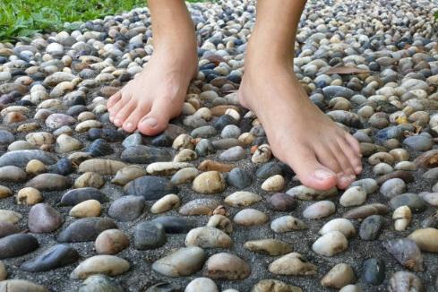 Walking barefooted health benefits